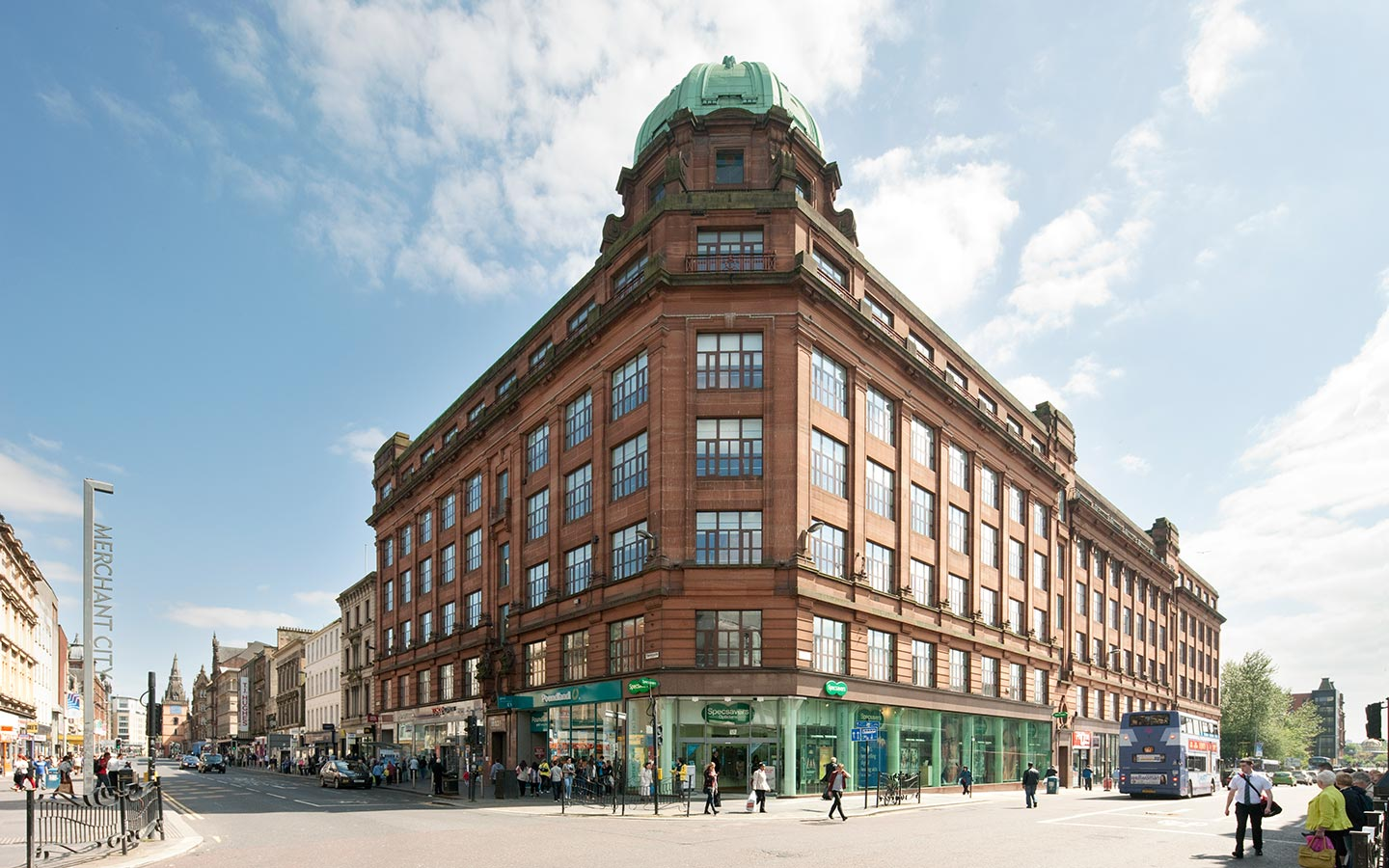 DougraySmith - Granite House Sold Glasgow